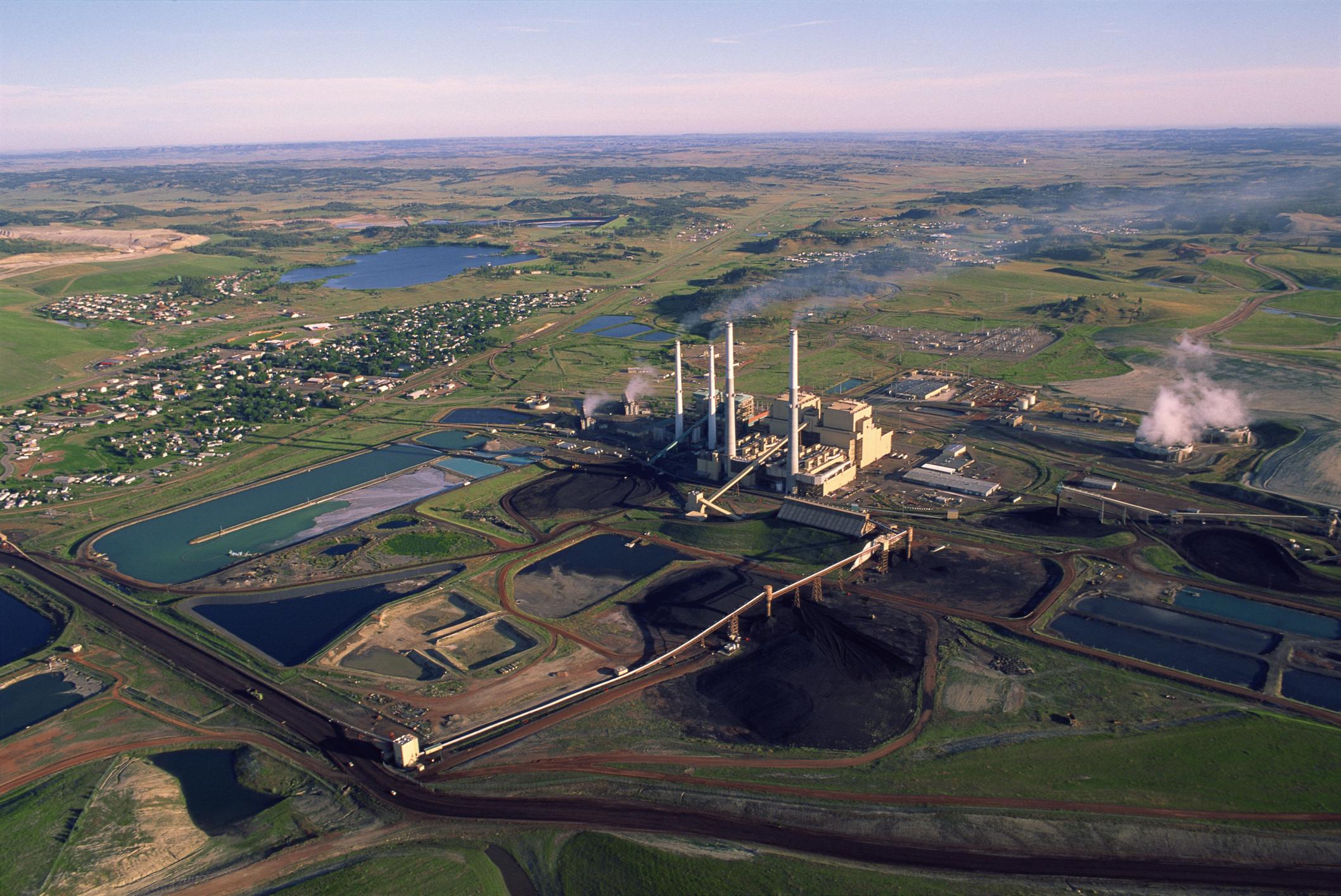 Rosebud mine owner, union ask for veto on Colstrip fuel source bill