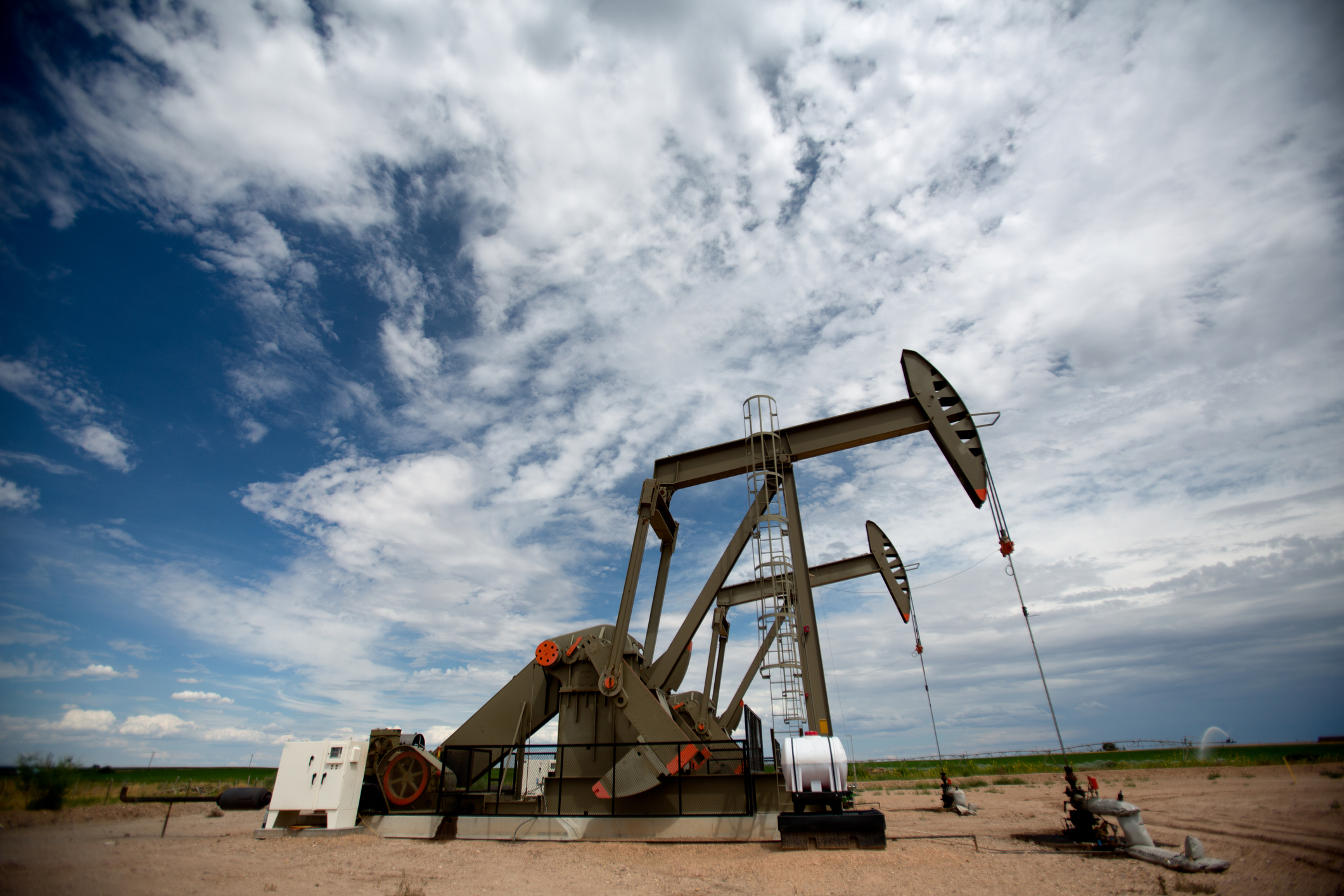 Congressional panel splits on orphaned gas and oil wells